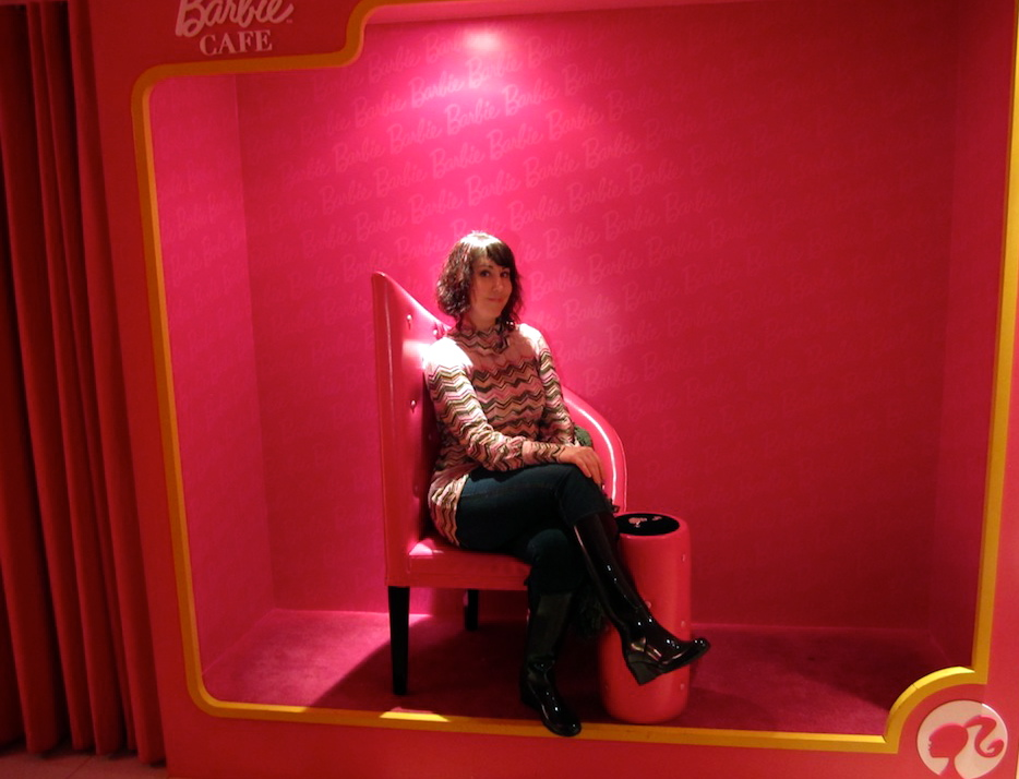 Carrie Kellenberger, Barbie Cafe